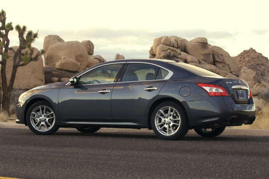 Nissan Maxima Regains 4 Door Sports Car Status Houston Chronicle