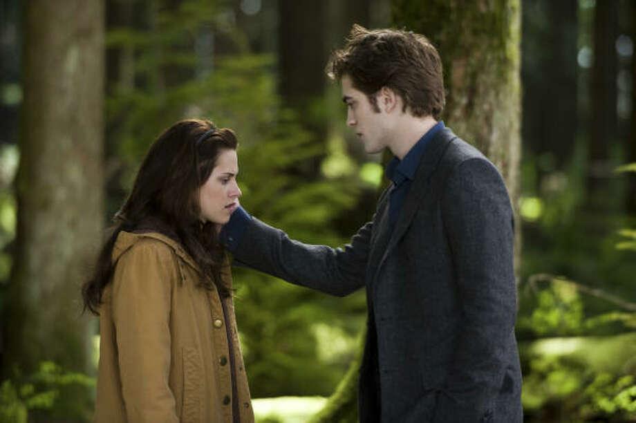 Kristen Stewart and Robert Pattinson filmed much of The Twilight Saga: New Moon in British Columbia. Photo: KIMBERLEY FRENCH, SUMMIT ENTERTAINMENT