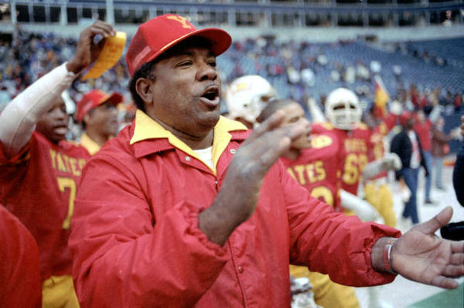 Luther Booker's Yates teams were perennial state contenders in the 1980s. Photo: Steve Campbell, Houston Chronicle