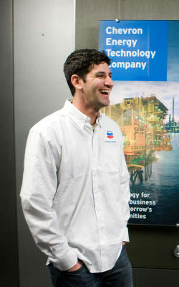 Daniel Seddiqui is spending a week with Chevron as a part of his quest to visit 50 jobs in 50 different states. Photo: Nick De La Torre, Chronicle