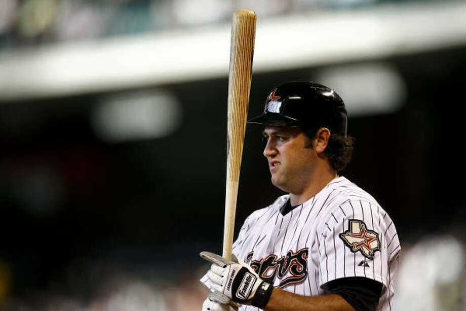 Lance Berkman stands in to bat during the first inning. Photo: Michael Paulsen, Chronicle
