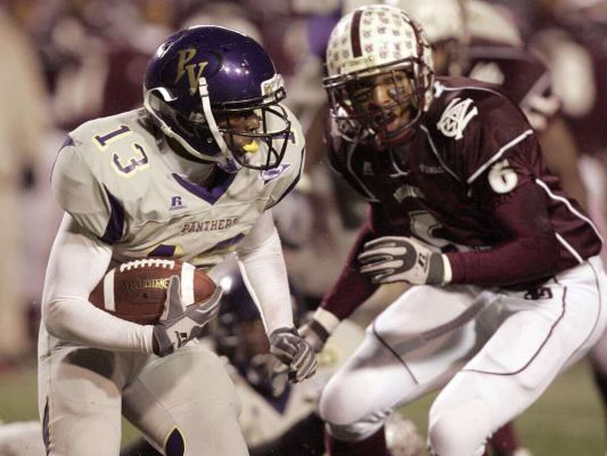 Westbury graduate Donald Babers ran for 17 carries for 78 yards and a touchdown in the win.