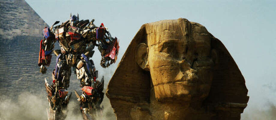 The Autobot Optimus Prime has his work cut out for him in Transformers: Revenge of the Fallen. Photo: PARAMOUNT PICTURES