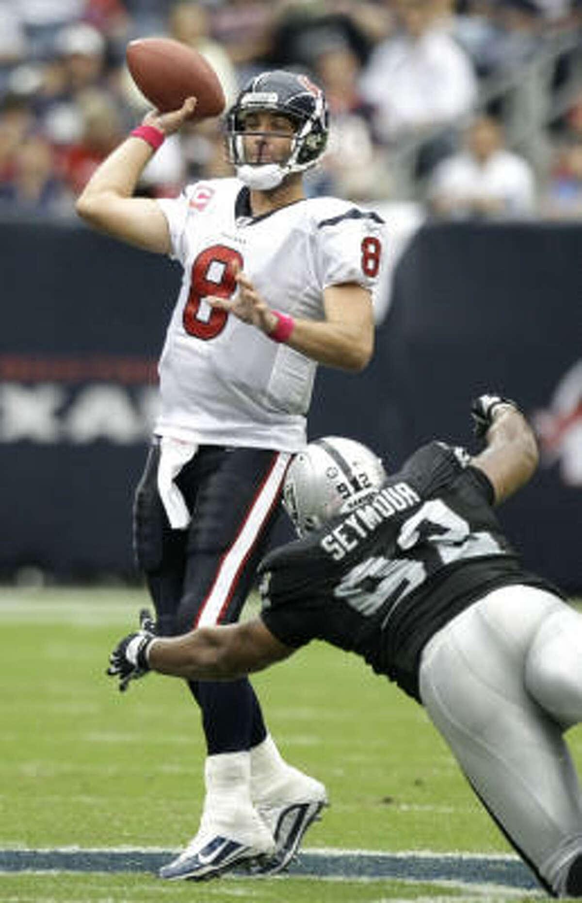 Matt Schaub has impressed Texans coach Gary Kubiak with the way he's throwing the ball and handling the team.