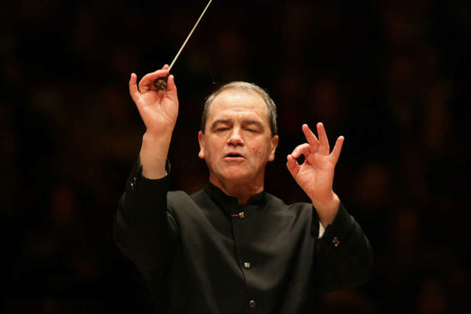He will leave his position as music director in four years. Photo: Chris Lee, Houston Symphony