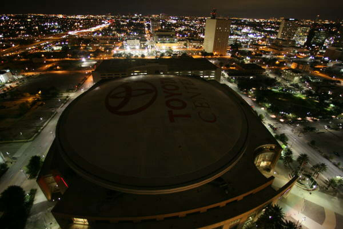 The Toyota Center's unlit roof display, seen from the 24th floor of the Hilton Americas hotel, was damaged by a fire Feb. 19.