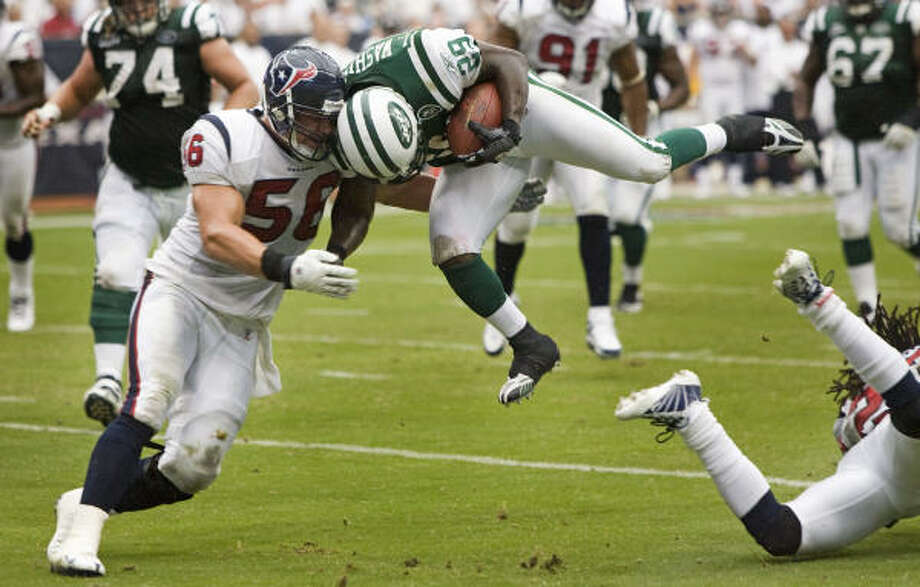 Brian Cushing has led the team in tackles in the first two games of the season, doling out bone-jarring hits. Photo: Brett Coomer, Houston Chronicle