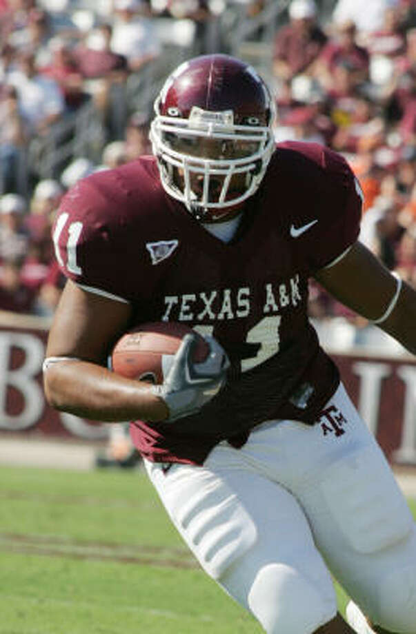 In 2007, A&M fullback Jorvorskie Lane guaranteed a victory. The Red Raiders won 35-7. Photo: DONNA MCWILLIAM, AP