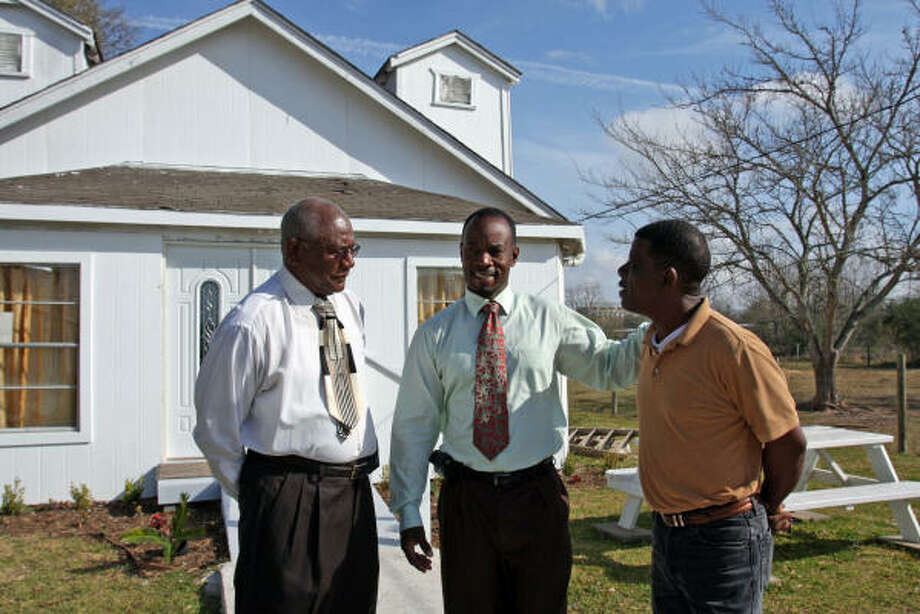 God's Will Word Ministries will celebrate its second anniversary and rededicate its recently remodeled church at 4716½ South St. in Brookshire at 2 p.m. Sunday. Planning the event are, from left, the Rev. Dan Jones of Curry Chapel Baptist Church, Pastor Leonard Butler and Deacon Norman Vaughn.     SUZANNE REHAK: FOR THE CHRONICLE CHURCH REDEDICATION: God's Will Word Ministries will celebrate its second anniversary and rededicate its recently remodeled church at 4716½ South St. in Brookshire at 2 p.m. Sunday. Planning the event are, from left, the Rev. Dan Jones of Curry Chapel Baptist Church, Pastor Leonard Butler and Deacon Norman Vaughn. Photo: Suzanne Rehak, For The Chronicle