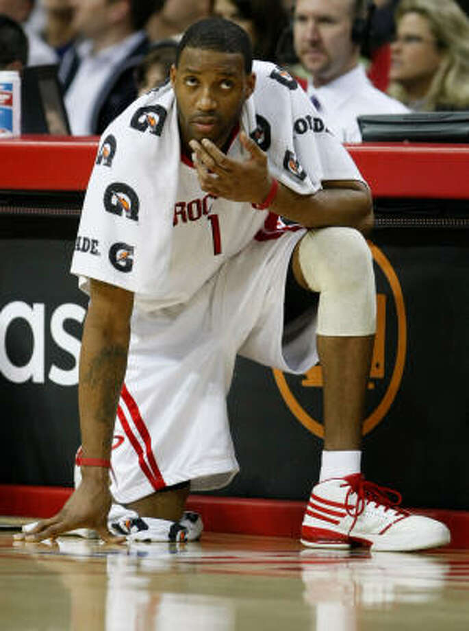 Tracy McGrady has missed 16 games this season while trying to rehabilitate his knee after last May's surgery. Photo: Nick De La Torre, Chronicle