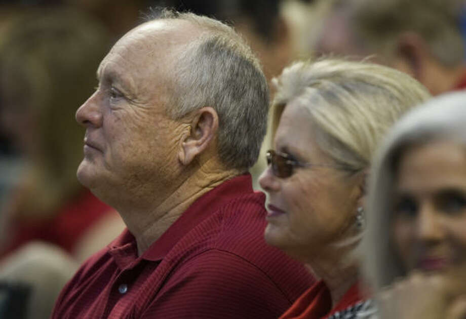 Nolan Ryan and wife Ruth take in Friday's game pitting his current and former teams. Photo: Smiley N. Pool, Chronicle