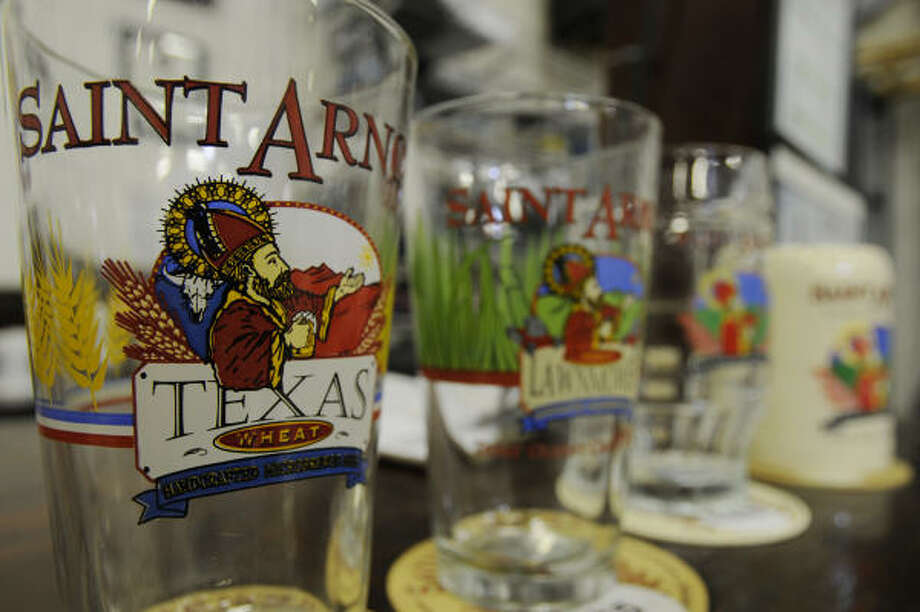 The Saint Arnold Brewery is seeking a closer connection with its customers. Photo: Steve Ueckert, Chronicle