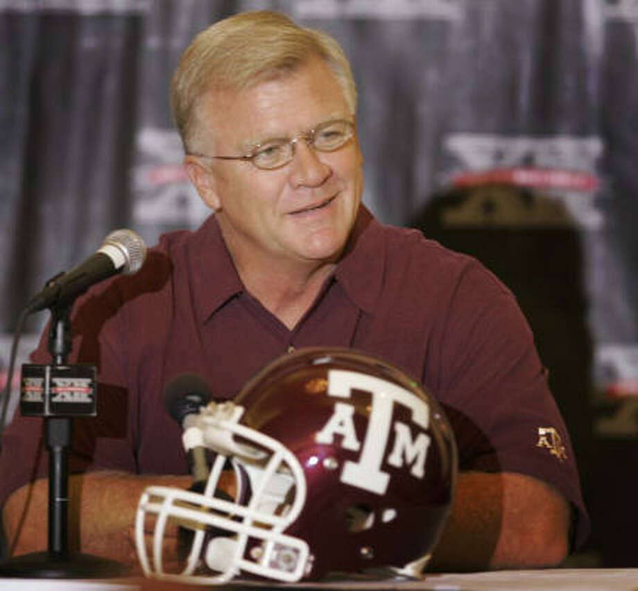 Tickets for Texas A&M coach Mike Sherman's speech are $40 each. Photo: Orlin Wagner, AP