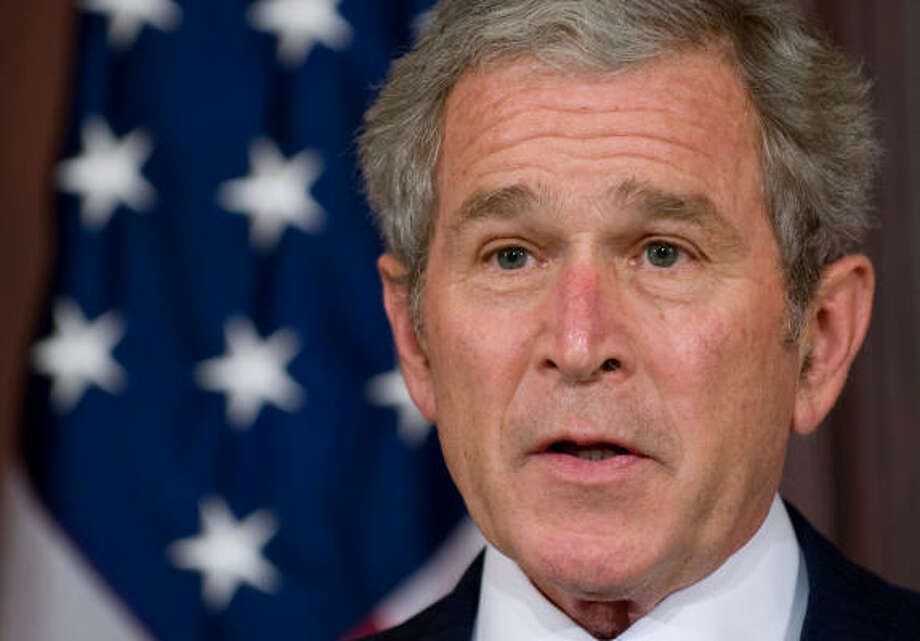 US President George W. Bush will be allowed to view his blind investment trust beginning on Wednesday. Photo: SAUL LOEB, AFP/Getty Images