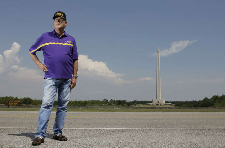 Chris Buckner realizes he might not win, but says there wasn't enough notice before Battleground Road turned into Independence Parkway. Photo: Melissa Phillip, Chronicle