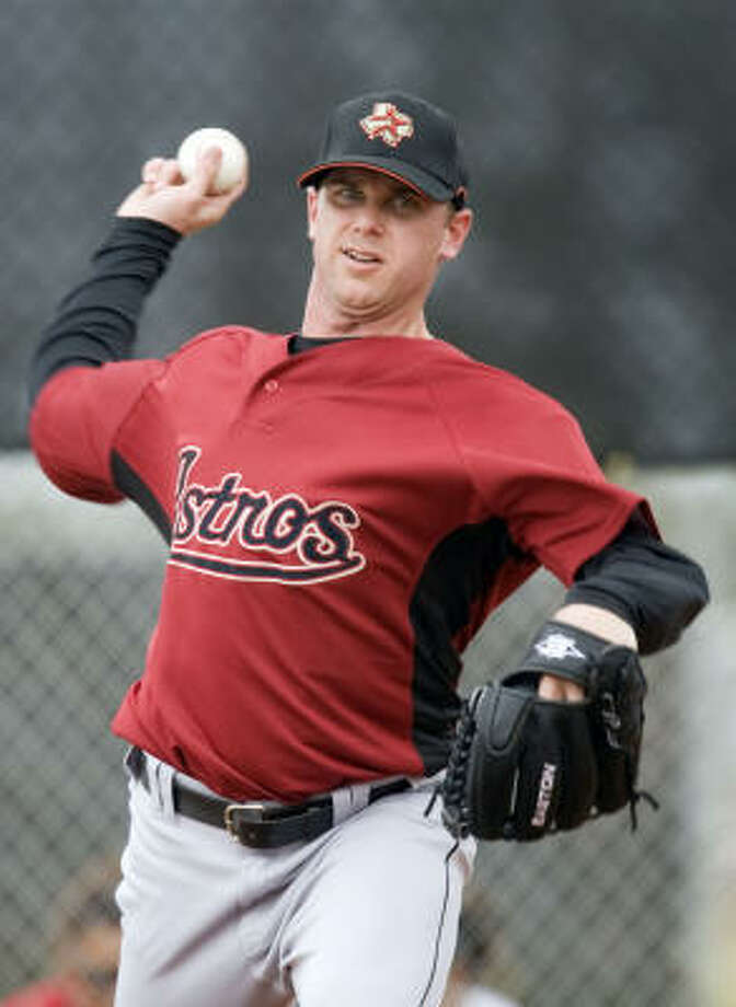 Brandon Backe missed five weeks during the 2005 season the first time he strained his left intercostal muscle. Photo: James Nielsen, Houston Chronicle