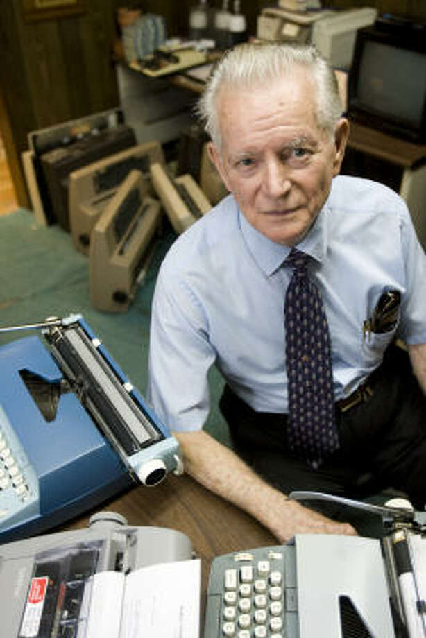 Ross Herdejurgen, owner of Mobile Typewriter & Furniture Co. in the Heights, still repairs typewriters, calculators and other writing devices that aren't connected to a computer. Photo: Nick De La Torre, Houston Chronicle