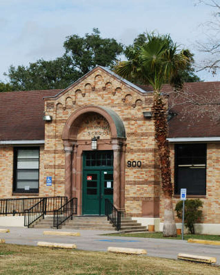 Winner of the Greater Houston Preservation Alliance's 2009 Good Brick Awards. The Houston Independent School District had slated Wharton Elementary School for closure. But its fans successfully rallied to save the 1926 Montrose school. Photo: David Bush