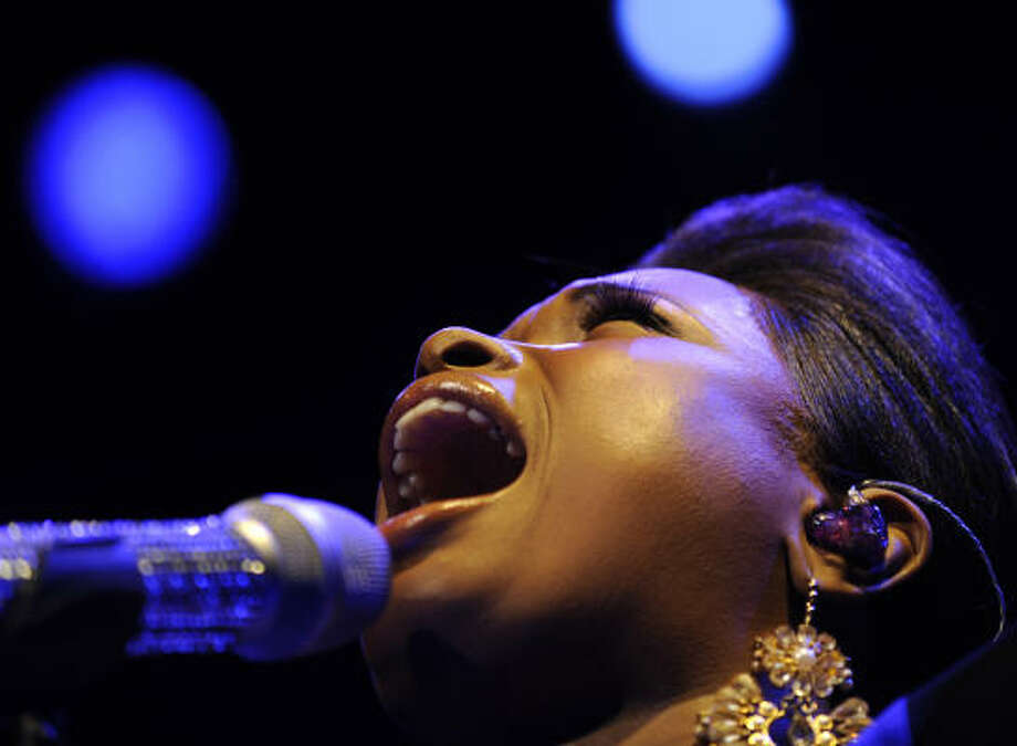 Jennifer Hudson performs last month in Chicago. Photo: Paul Beaty, AP