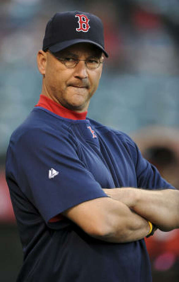 Terry Francona has known Brad Mills since the two were college teammates at Arizona in the late 1970s. Photo: Lisa Blumenfeld, Getty Images