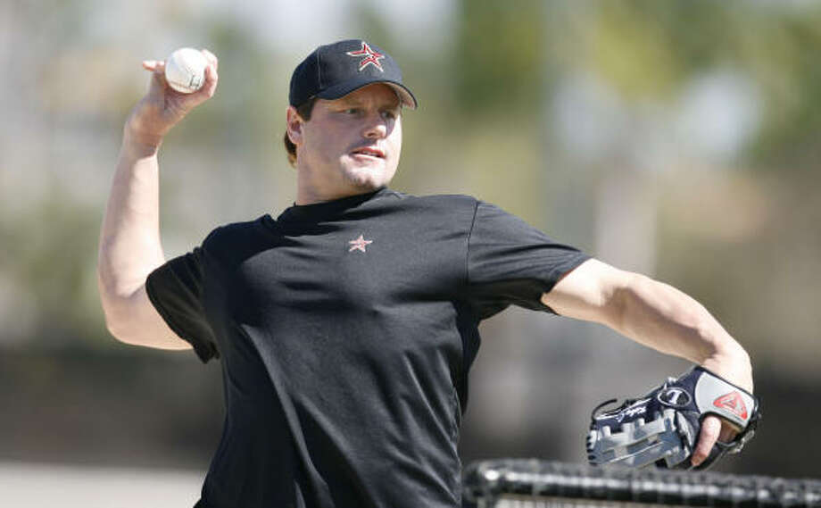 Roger Clemens has worked out with Astros minor leaguers at spring training before, but will not this year. Photo: Billy Smith II, HOUSTON CHRONICLE