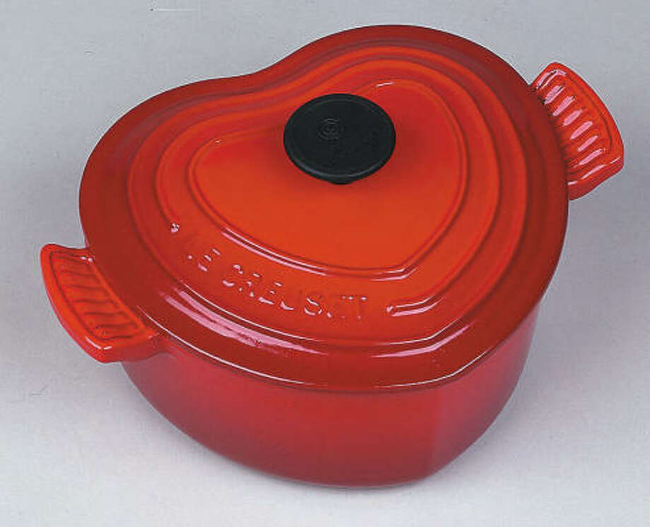 Le Crueset's heart-shaped casserole Photo: PHOTOWIRESPEED1NG
