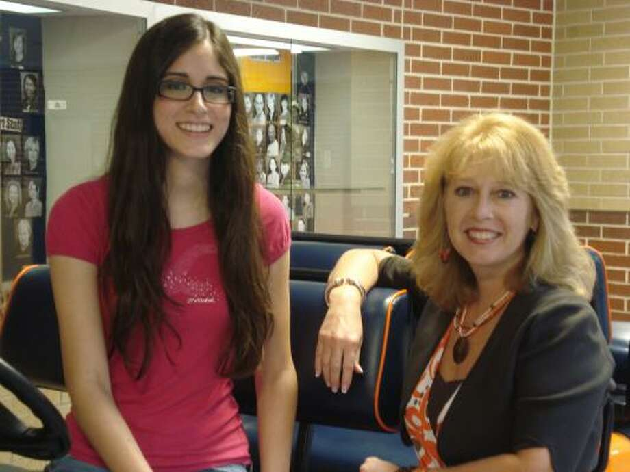 Errika Romero, Seven Lakes High School valedictorian, poses with Principal Christie Whitbeck. Photo: Kippie Curcio:, Seven Lakes High School