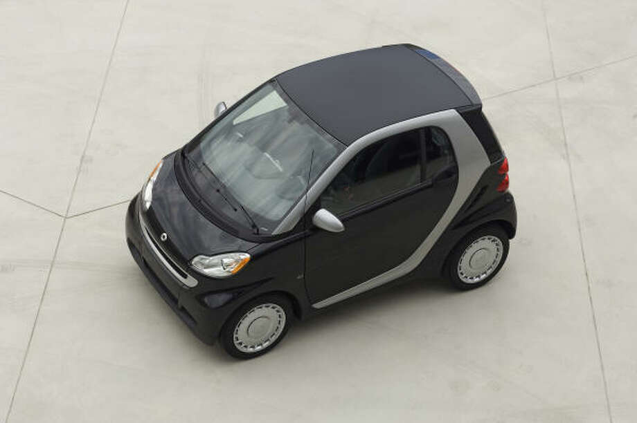 The Insurance Institute tested the roof strength of minicars in a rollover. None got the lowest rating of Poor. The Smart was the only model to get the highest rating of Good. Access complete crash information at www.iihs.org.
