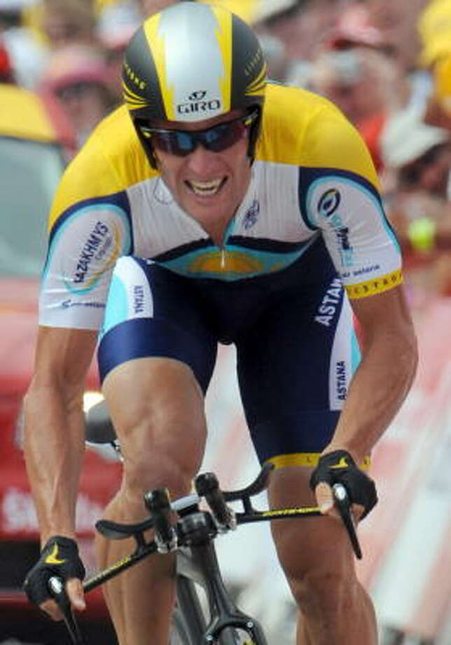 Seven-time Tour de France winner Lance Armstrong briefly took the lead with a time of 20 minutes, 13 seconds during Saturday's first-stage time trial. Photo: PASCAL PAVANI, AFP/Getty Images