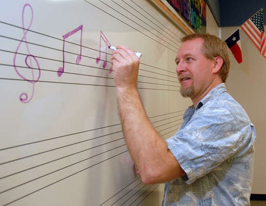 David Hopper: For the Chronicle INSPIRING OTHERS: George Williams teaches music at Rosehill Elementary School in the Tomball school district. In his spare time, Williams is an opera singer. Photo: David Hopper, For The Chronicle