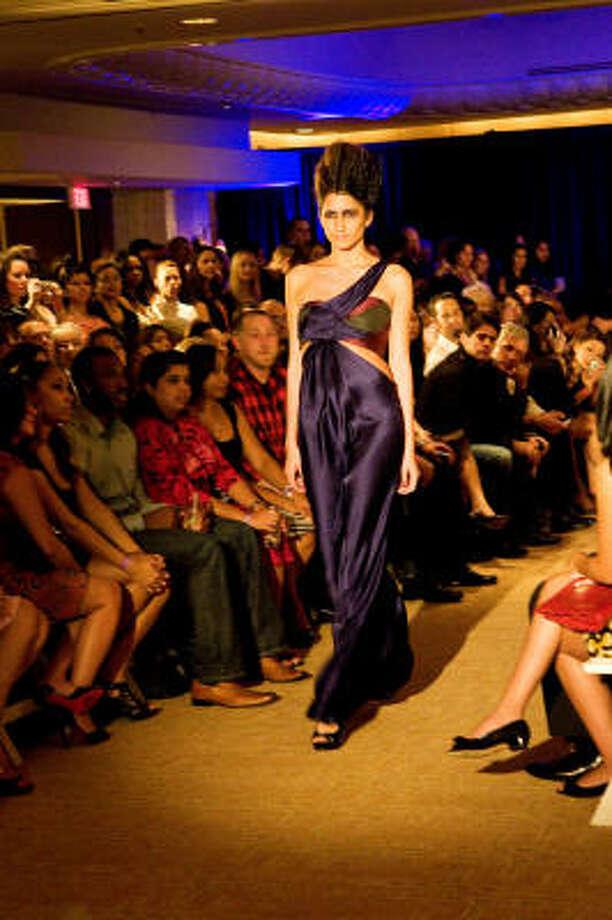 Chloe Dao fall 2009 fashion show at the Four Seasons Hotel Photo: Manh Hoang