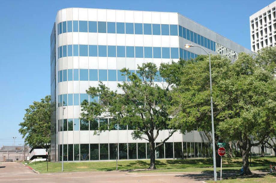 The 6001 Savoy office building near U.S. 59 is 122,000 square feet. Photo: Grubb & Ellis Co.