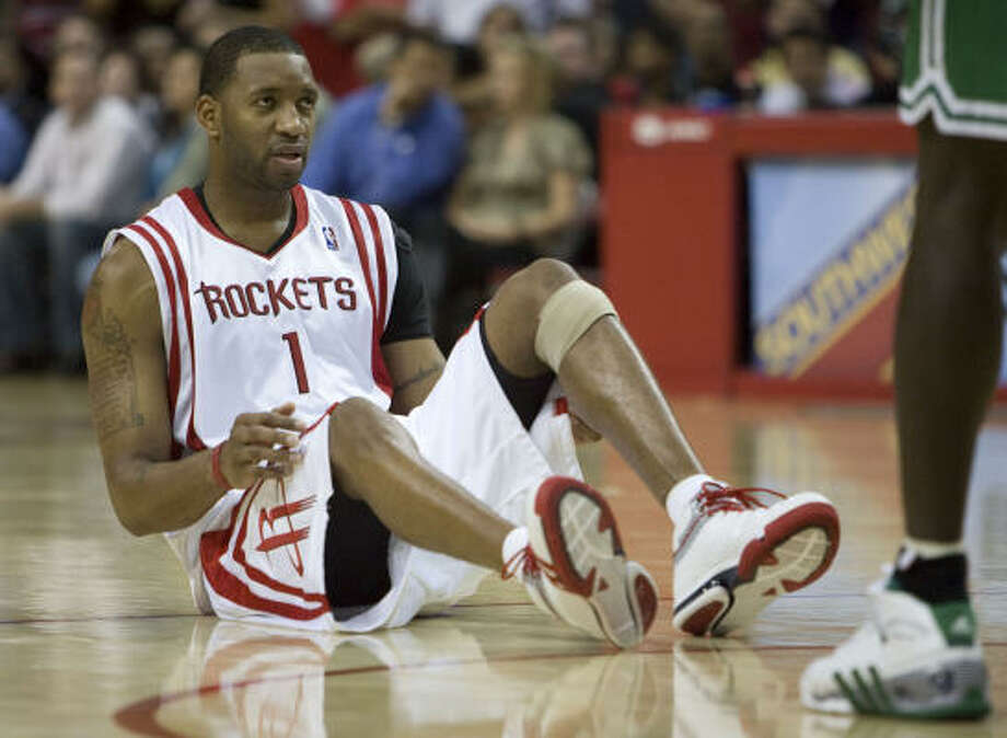 Tracy McGrady will have an MRI examination in November to determine whether he can begin practicing. Photo: James Nielsen, Chronicle