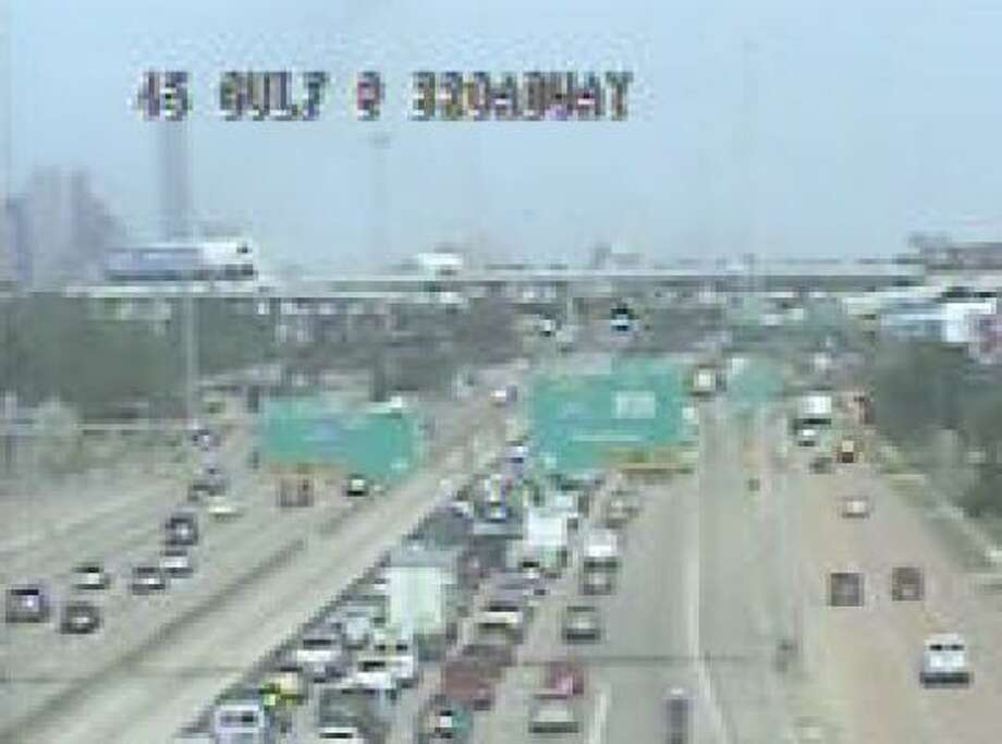 A fatal wreck shut down Interstate 45 northbound near Broadway, causing a long midday backup on the Gulf Freeway. Photo: Houston TranStar