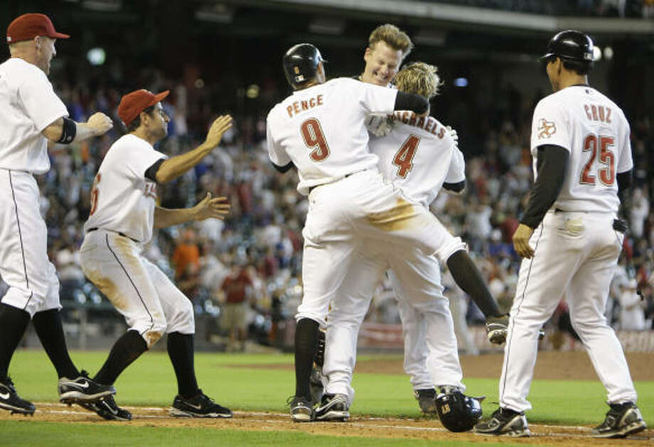 The walk-off single was the second in two days for Geoff Blum. Photo: Melissa Phillip, Chronicle