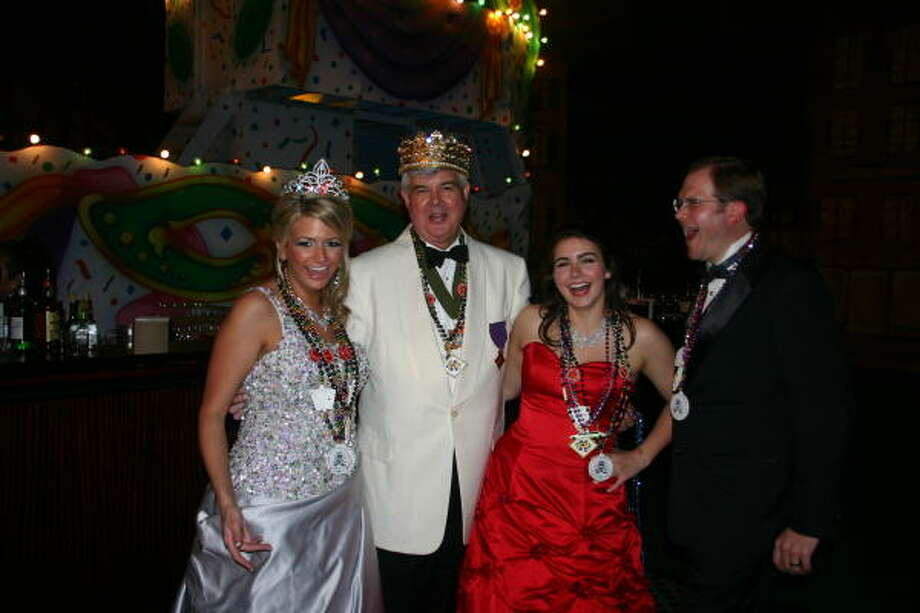 Momus Queen Kelli Fertitta, from left, shared the fun with King Frivolous Ed Eubanks, duchess Alix Baycroft and Joe Rozier at the Knights of Momus Coronation Ball at the Galveston Island Convention Center at the San Luis. Photo: CHRISTIE PEELER, Dancie Perugini Ware