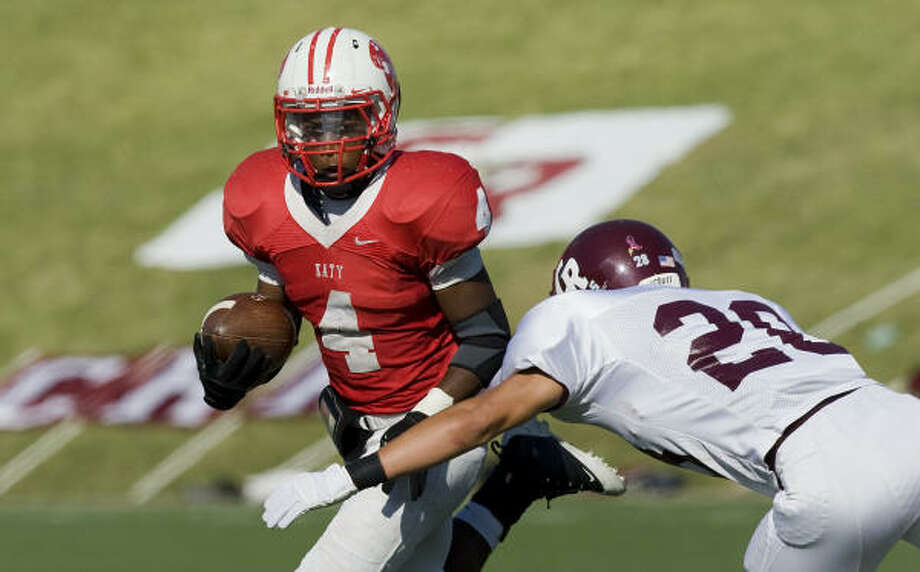 Katy running back Will Jeffery, left, is never the biggest on the field but he is a big part of Katy's run. Photo: Smiley N. Pool, Houston Chronicle