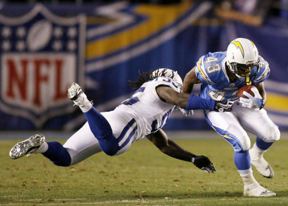 The Chargers would like to think jet lag won't affect Darren Sproles and their offense. Photo: Denis Poroy, AP