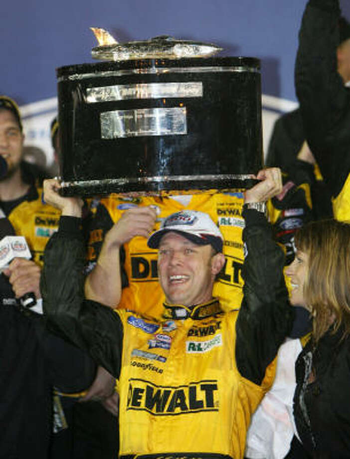 Matt Kenseth, a former series champion, won the Daytona 500 for the first time. The race was shortened by 52 laps due to rain. Photo: Gary W. Green, MCT