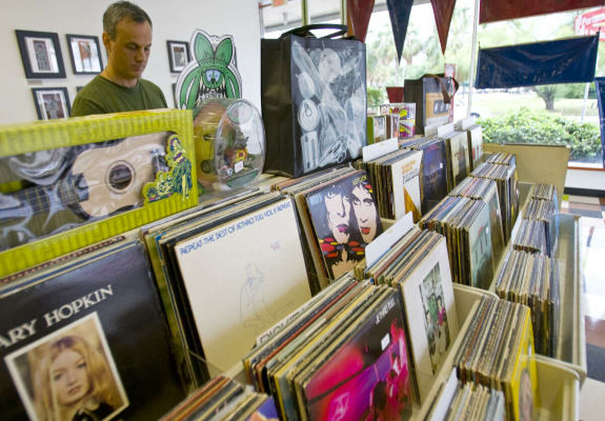 Just because you have old records hanging out in your closet or garage doesn't mean you will be rolling in the dough after reselling them. You might just have junk, according to some record store owners. Some seasoned record store owners break it down for us novices. As it turns out, older isn't always better.