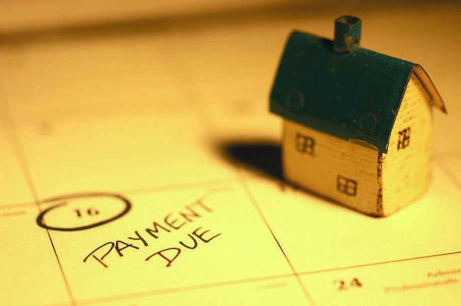 TIME RUNNING OUT: To qualify for the credit, any transaction involving a first-time buyer must close before midnight on Nov. 30, 2009.