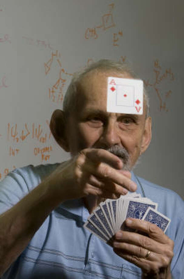 Robert Curl, a Nobel chemistry laureate and bridge player, got hooked on bridge as an undergraduate in college. He'll play in a national tournament that begins today in Houston. Photo: Johnny Hanson, Chronicle