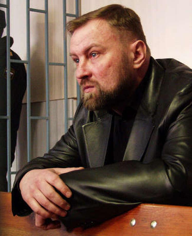 Russian Col. Yuri Budanov was convicted of strangling a Chechen woman. Photo: SERGEI VENYAVSKY, AP
