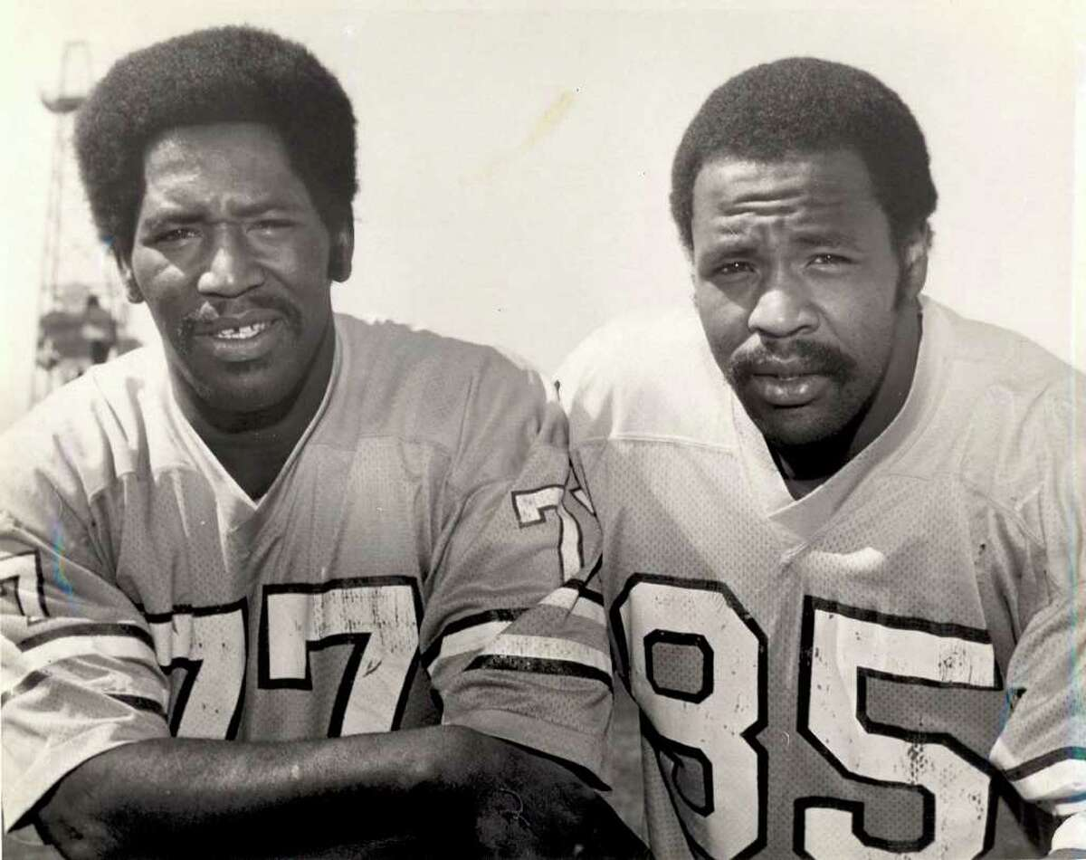 Bubba Smith, left, and his brother Tody Smith in 1977. Enterprise file photo