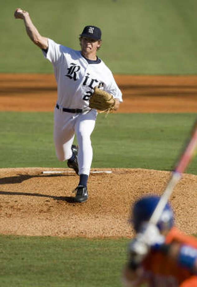 Though Rice has won 14 of 17, the Owls are glad to see starter Ryan Berry, above, and his 1.91 ERA back. Photo: Brett Coomer, Chronicle