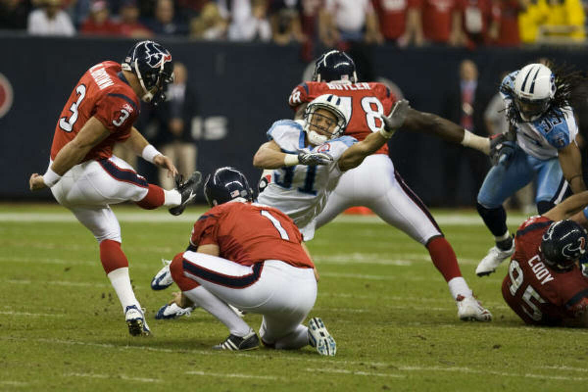 In this 5-5 season, the Texans twice lost on fumbles at the goal line and twice lost on missed field goals.