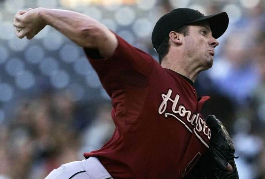 Astros starter Roy Oswalt was in control from start to finish in a dominating outing against San Diego. Photo: Lenny Ignelzi, AP