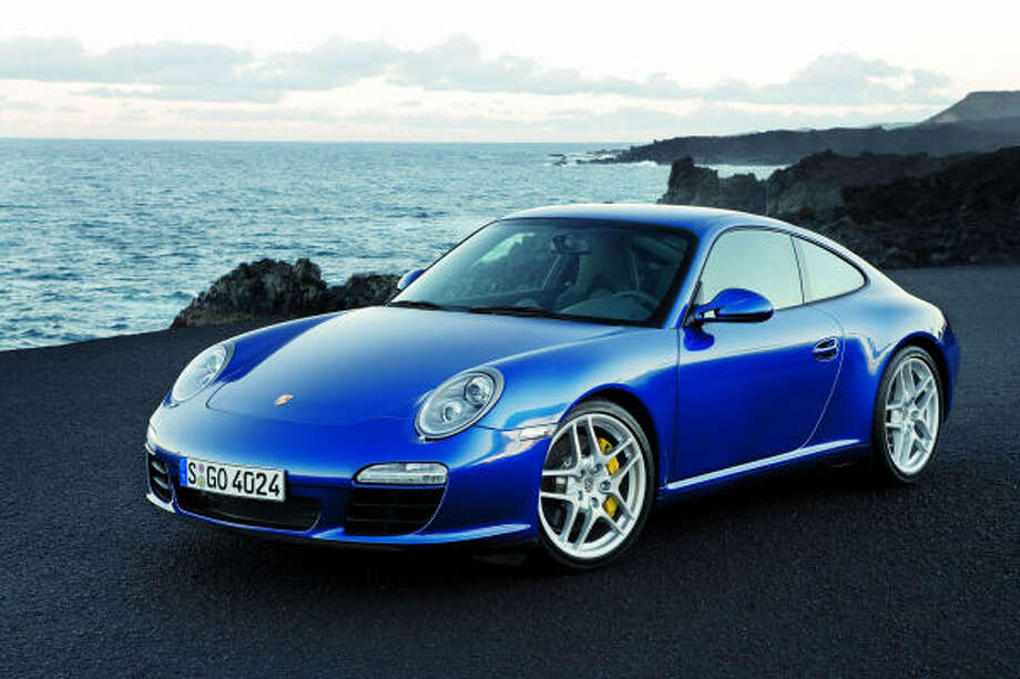 Porsche's2009 911 gains fuel efficiency with technologies such as direct fuel injection and automatic PDK transmission. The 911 test car got 30.2 mpg.