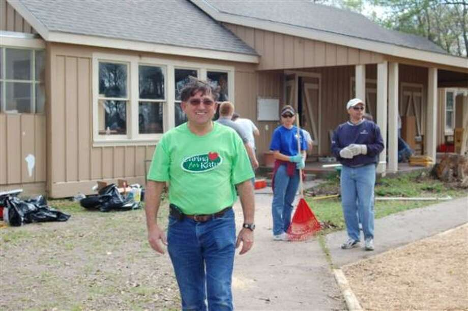 VOLUNTEER OF THE YEAR: Frank Bondurant was recognized as the 2009 ServeFest Volunteer of the Year for his work to revitalize the Katy Family YMCA?s campgrounds for Camp Cinco. Photo: Frank Bondurant