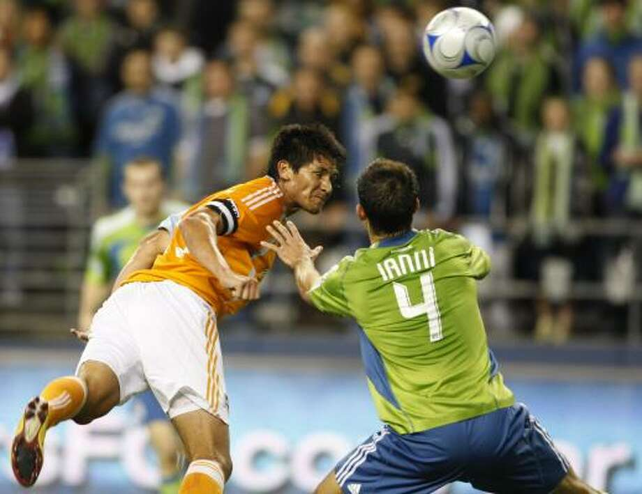 Brian Ching and the Dynamo host the Seattle Sounders for Game 2 of the Western Conference semifinals. Photo: Kevin P. Casey, AP